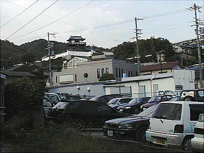池田城跡公園の櫓風展望台
